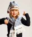 Kids-wool-hat-and-scarf-set-Tines-5a