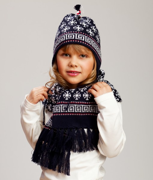 Kids-wool-hat-and-scarf-set-Tines-7a