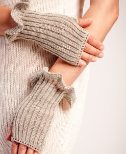 Linen fingerless gloves