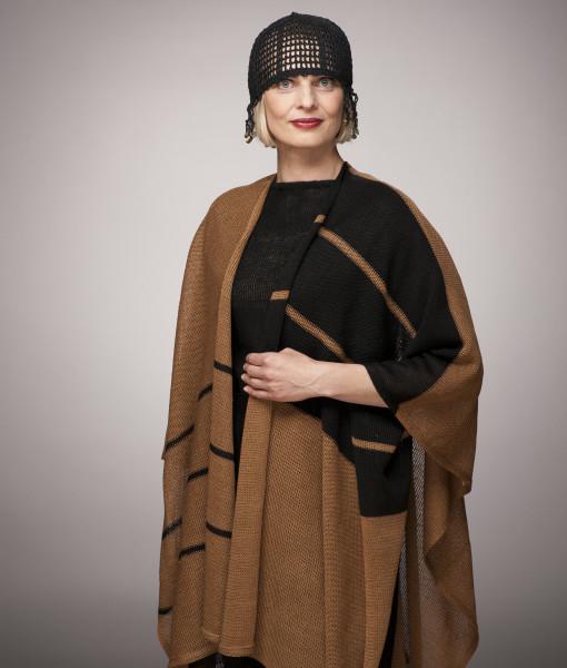 Linen-cape-Tines-knitwear-2