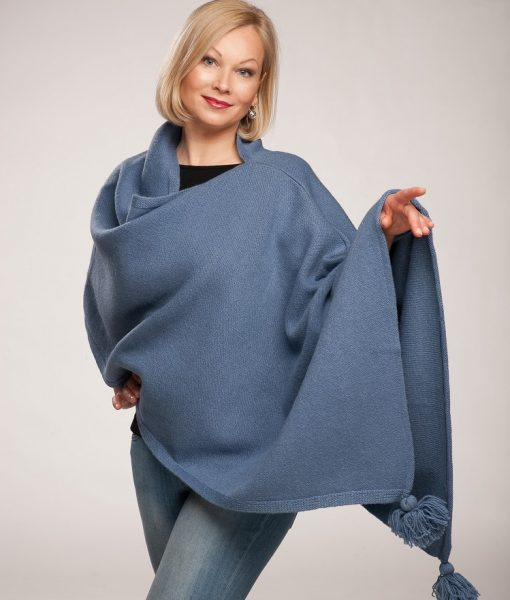 Tines-wool-poncho-a
