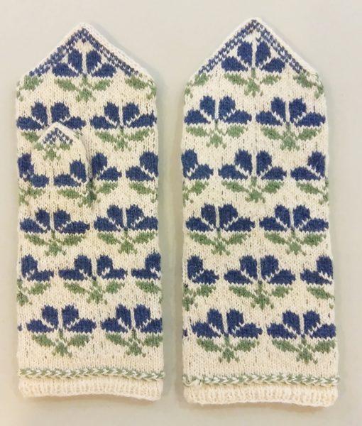 Flower-mittens-Tines (1)