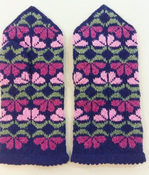Flower-mittens-Tines (16)