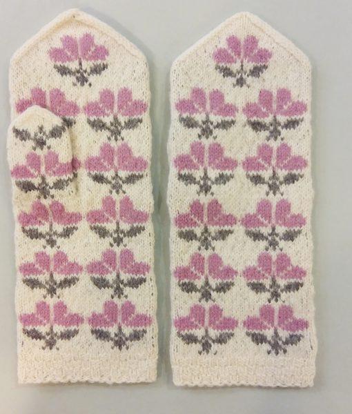 Flower-mittens-Tines (18)