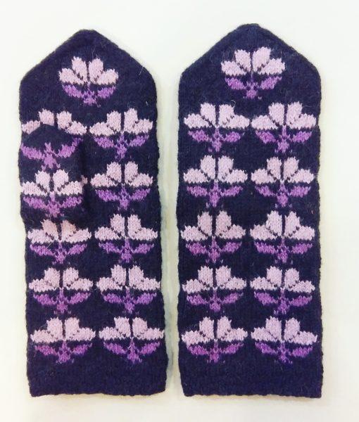 Flower-mittens-Tines (19)