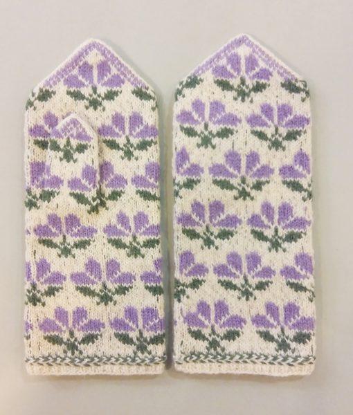 Flower-mittens-Tines (3)