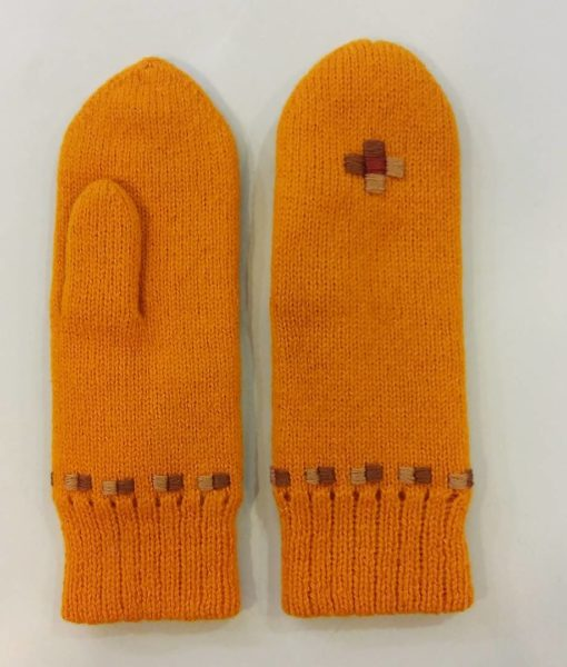 Double-felted-mitts-Tines (1)