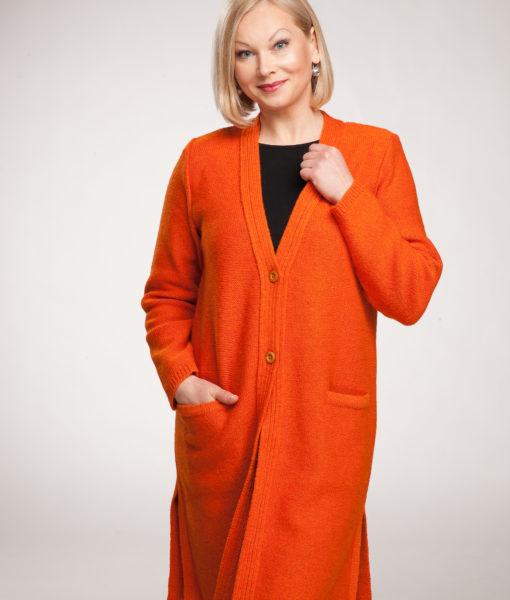 Metelis-Julija-Tines-knitwear (4)