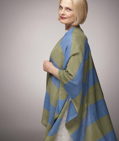 Linen-cape-Tines-knitwear-1a