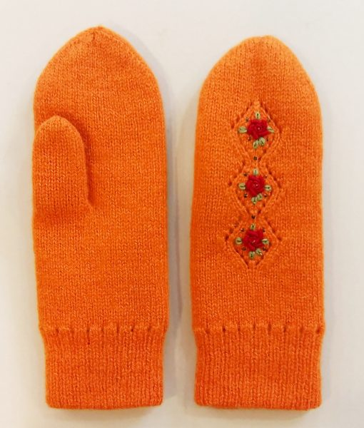 Double-felted-mittens-Tines (12)
