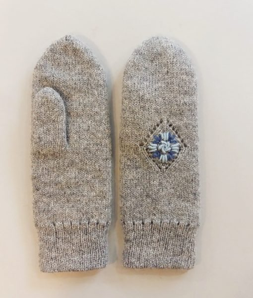 Double-felted-mittens-Tines (13)