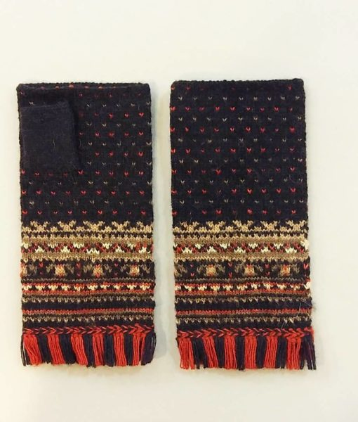 Ethnographic-fingerless-gloves-Tines (14)
