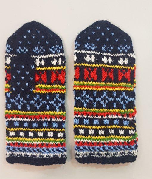 Tines-kids-mittens-2